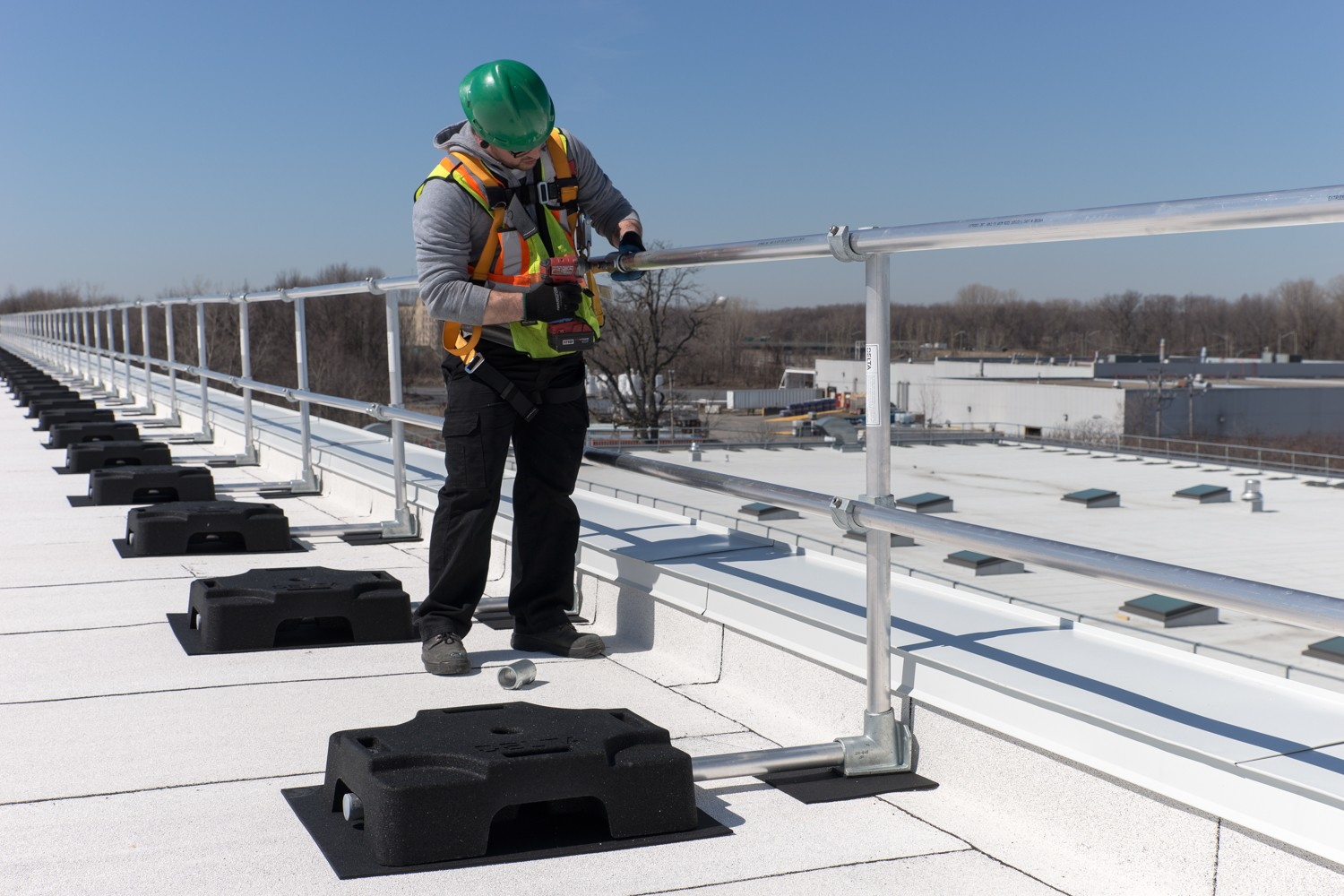 Guardrail System : Working at heights without taking any risks!