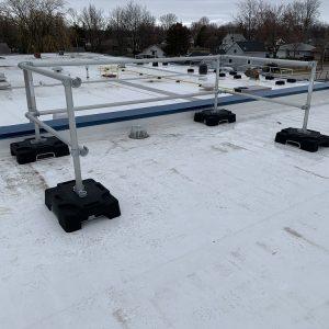 Garde-corps autoportant Compact pour toiture